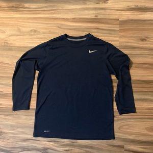 Nike navy blue long sleeve tee boys size large